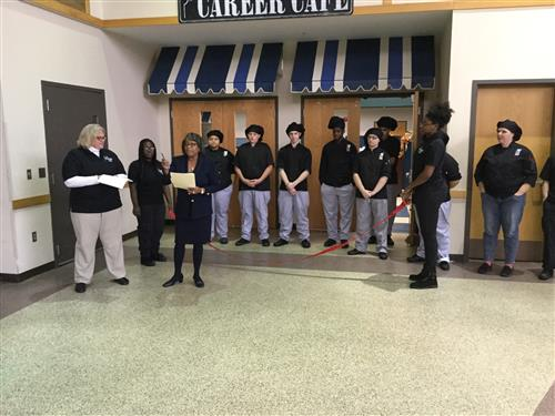 "Culinary Students Open ""Career Cafe"""